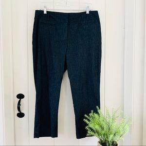 LOFT NWOT Denim Look Cropped Curvy Capri Pants
